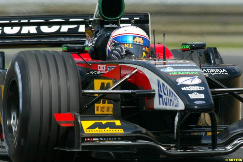 Anthony Davidson, Minardi, during Qualifying, Hungarian Grand Prix, Budapest, August 17 2002.