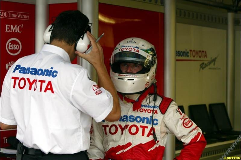 Allan McNish, Toytoya, during Saturday free practice, Hungarian Grand Prix, Budapest, August 17 2002.