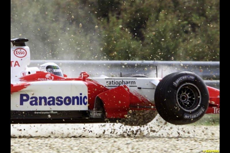 Allan McNish. Toyota, during Saturday free practice, Hungarian Grand Prix, Budapest, August 17 2002.