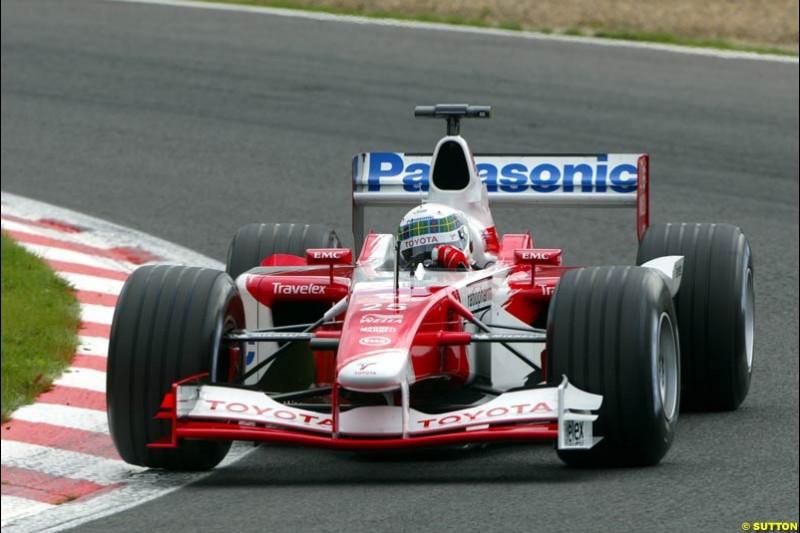 Allan McNish, Toyota, during Qualifying. Belgian Grand Prix, Spa-Francorchamps, Belgium, August 31st 2002.