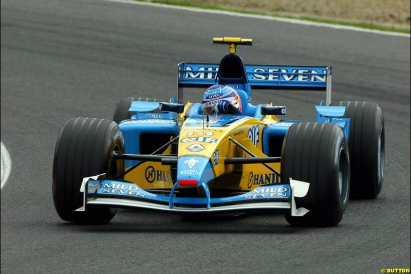 Jenson Button, Renault, during Qualifying. Belgian Grand Prix, Spa-Francorchamps, Belgium, August 31st 2002.