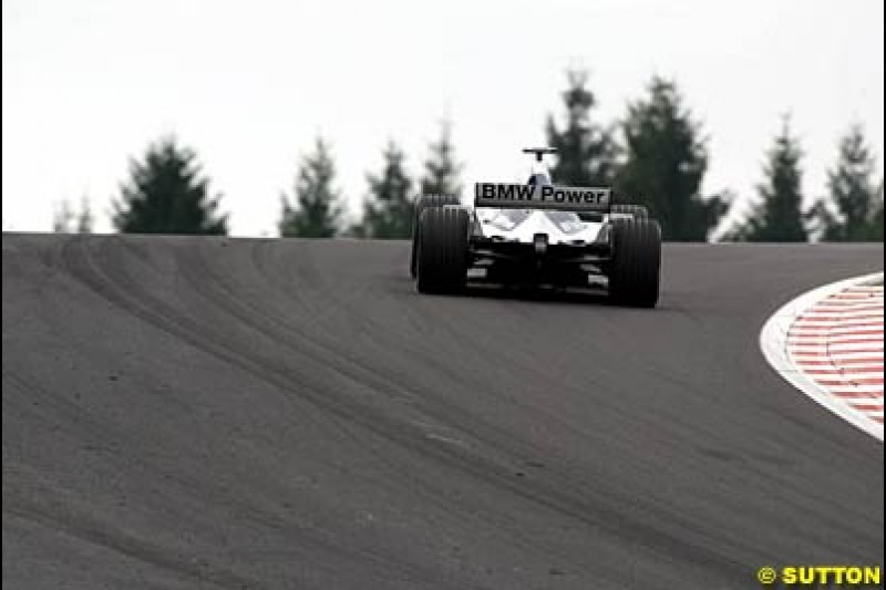 A Williams during Saturday Free Practice. Belgian Grand Prix, Spa-Francorchamps, Belgium, August 31st 2002.