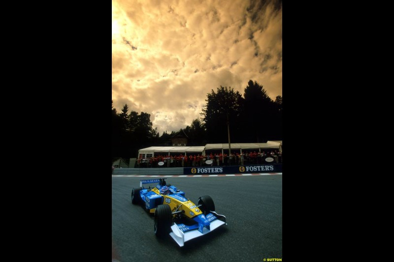 Jenson Button, Renault. Belgian Grand Prix, Spa-Francorchamps, Belgium, September 1st 2002.