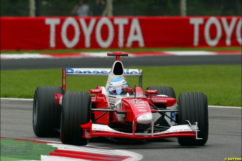 Mika Salo, Toyota, during Friday Free Practice. Italian Grand Prix, Monza, Italy. September 13th 2002.