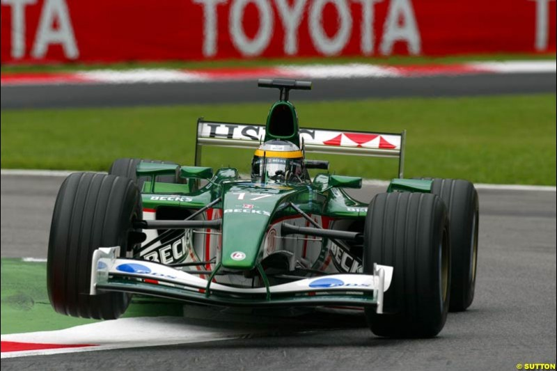 Pedro de la Rosa, Jaguar, during Friday Free Practice. Italian Grand Prix, Monza, Italy. September 13th 2002.