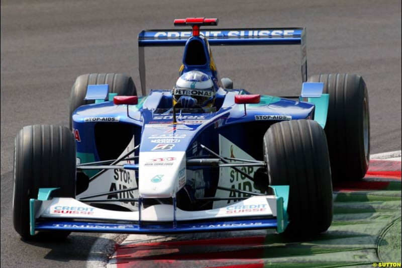Nick Heidfeld, Sauber, during Qualifying. Italian Grand Prix, Monza, Italy. September 14th 2002.