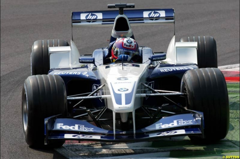 Juan Pablo Montoya, Williams, during Qualifying. Italian Grand Prix, Monza, Italy. September 14th 2002.