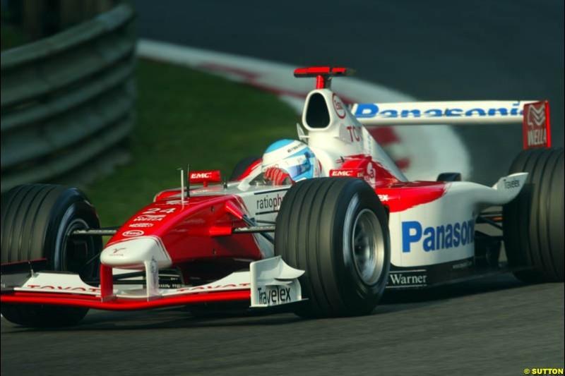 Mika Salo, Toyota, during Saturday Free Practice. Italian Grand Prix, Monza, Italy. September 14th 2002.