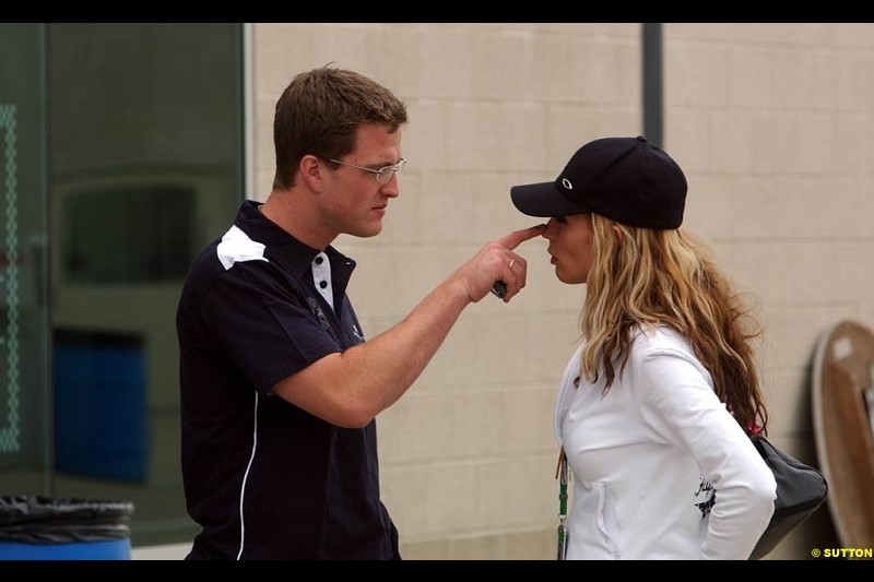 Ralf and Cora Schumacher at the Indianapolis Motor Speedway, United States GP, Indianapolis, September 26th 2002.