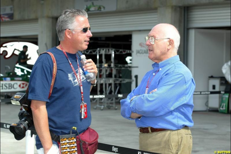 Keith Sutton and Murray Walker at the Indianapolis Motor Speedway, United States GP, Indianapolis, September 26th 2002.