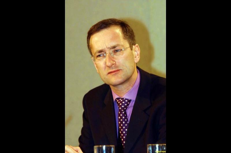 Tony Purnell at the Jaguar Media Briefing. London Landmark Hotel, England. November 26th 2002.