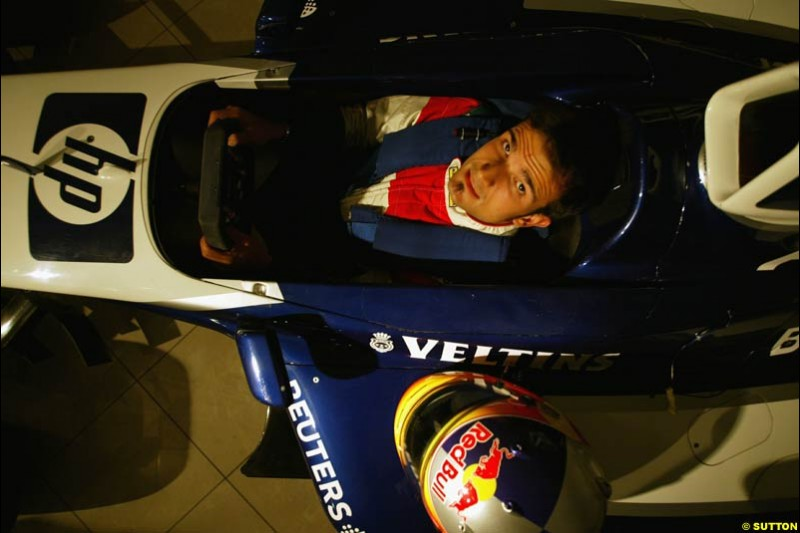 Vitantonio Liuzzi Seat Fitting, Williams Factory, Grove, England, 6 November 2002.