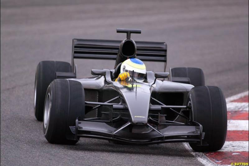 Giancarlo Fisichella, Jordan, tests the new EJ13 at the Circuit de Catalunya. Barcelona, Spain. January 20th 2003.