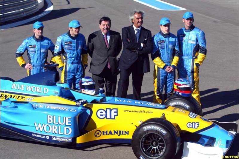 Renault re-launch their new R23 at the Paul Ricard circuit. Le Castellet, France. January 23rd 2003.