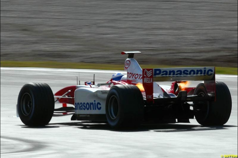 Olivier Panis, Toyota, at the Circuit de Catalunya. Formula One Testing, Barcelona, Spain, 4 February 2003.