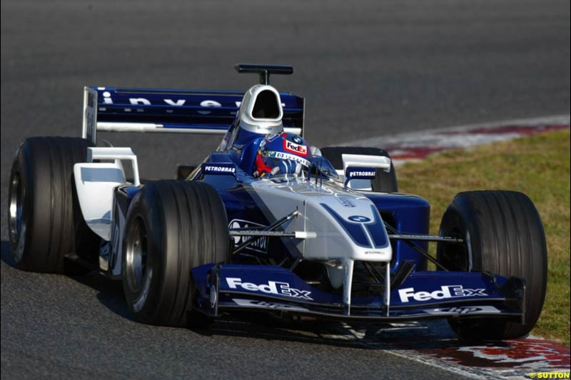 Juan Pablo Montoya, Williams FW24, during testing at the Circuit de Catalunya. Barcelona, Spain. February 3rd, 2003.