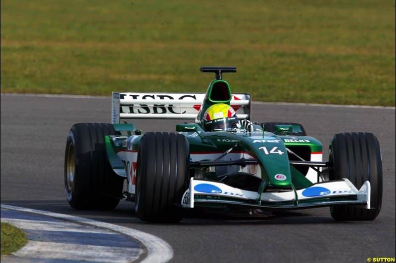 Mark Webber, Jaguar. Testing at Silverstone, England. 26th February 2003.