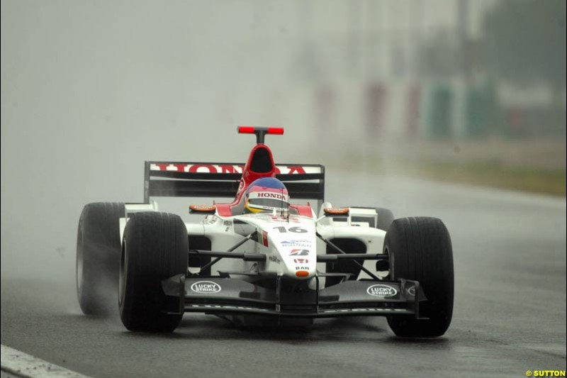 Jacques Villeneuve, BAR, during testing at the Barcelona circuit, Spain. 19th February, 2003.