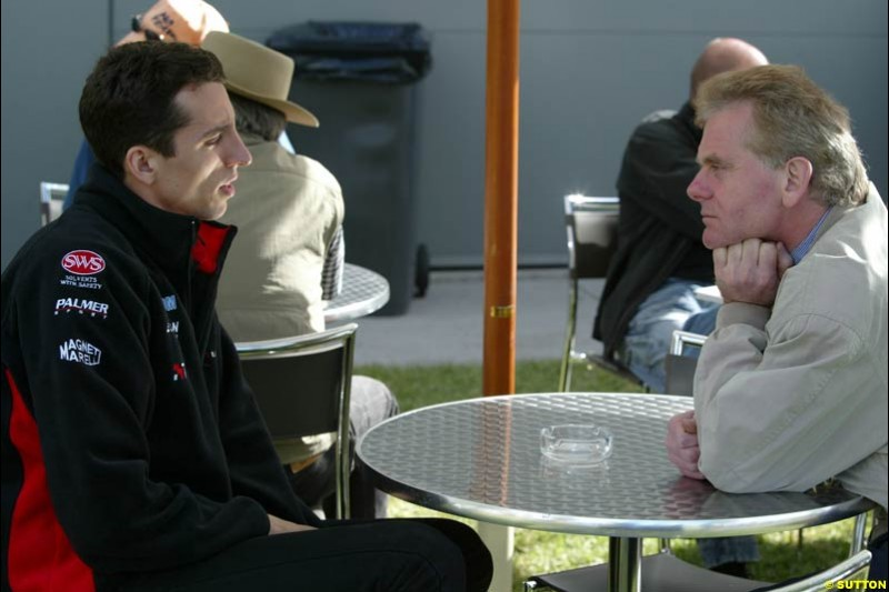 Justin Wilson and his manager Jonathan Palmer after qualifying for the Australian GP. Melbourne, March 8th 2003.