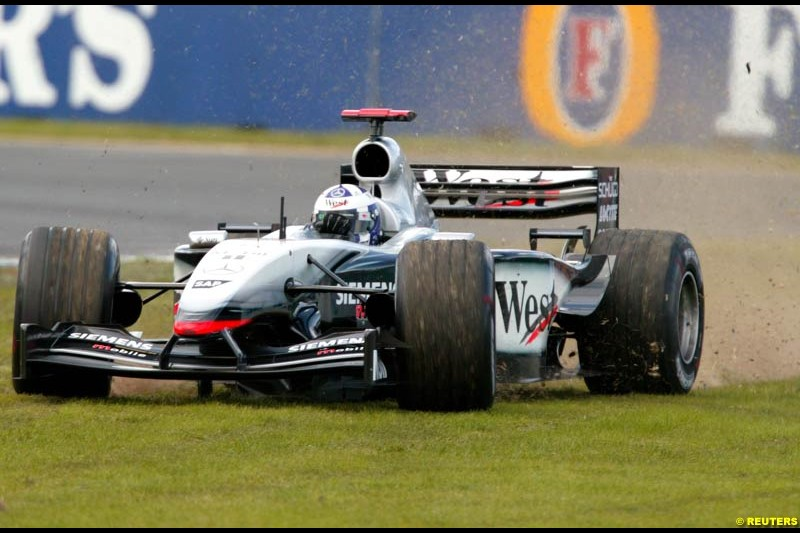 David Coulthard, McLaren, during Saturday's free practice for the Australian GP. Melbourne, March 8th 2003.