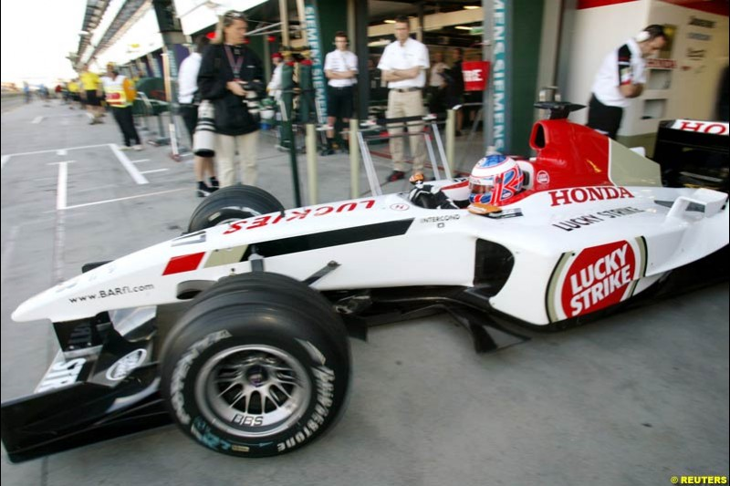 Jenson Button, BAR, during Saturday's free practice for the Australian GP. Melbourne, March 8th 2003.