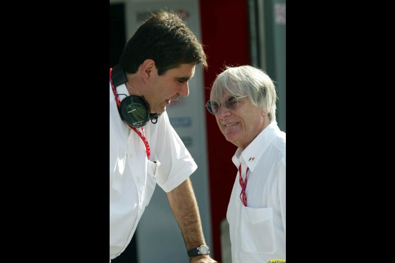 Jaguar managing director David Pitchford with Bernie Ecclestone during Friday morning testing at Sepang International Circuit. Malaysian GP, March 21st 2003.