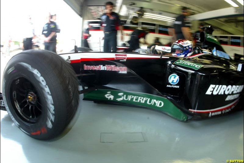 Minardi during Friday morning testing at Sepang International Circuit. Malaysian GP, March 21st 2003.