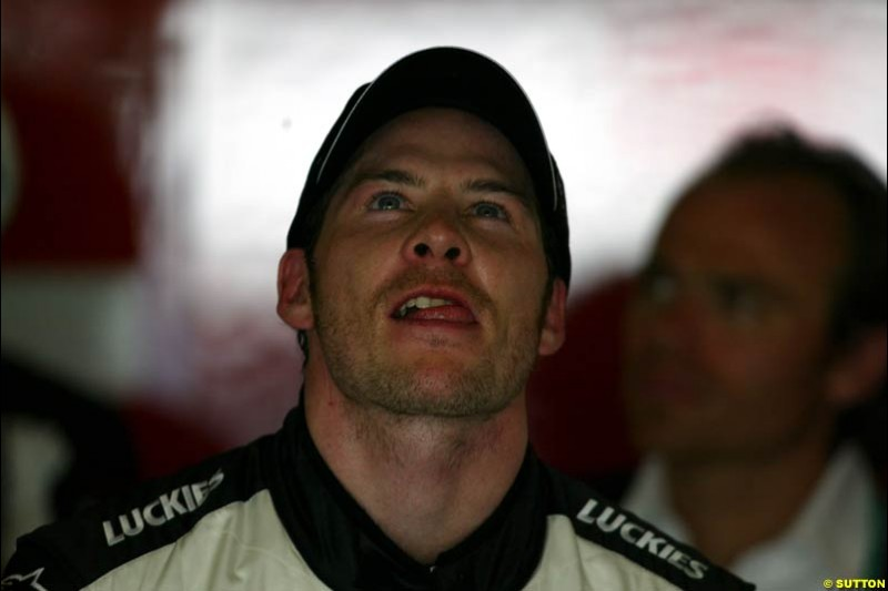 Jacques Villeneuve, BAR, during Saturday qualifying for the Malaysian GP. Sepang, March 22nd 2003.