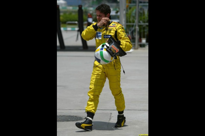 Giancarlo Fisichella, Jordan, after Saturday qualifying for the Malaysian GP. Sepang, March 22nd 2003.