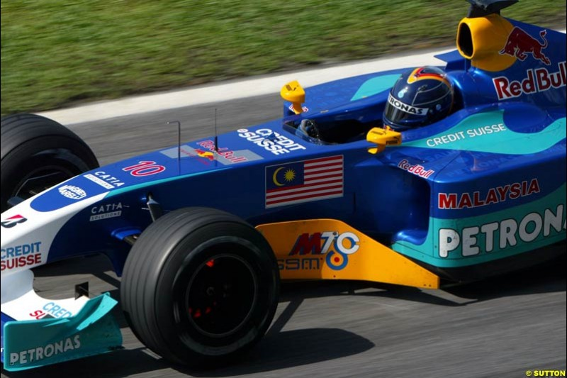 Heinz Harald Frentzen, Sauber, during Saturday qualifying for the Malaysian GP. Sepang, March 22nd 2003.