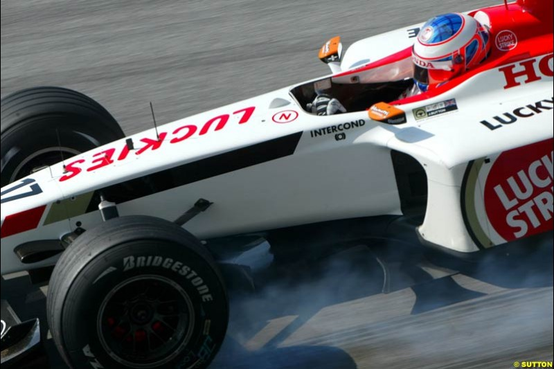 Jenson Button, BAR, during Saturday qualifying for the Malaysian GP. Sepang, March 22nd 2003.