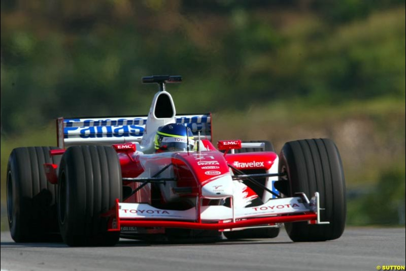Cristiano da Matta, Toyota, during Saturday practice for the Malaysian GP. Sepang, March 22nd 2003.