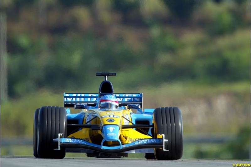 Fernando Alonso, Renault, during Saturday practice for the Malaysian GP. Sepang, March 22nd 2003.