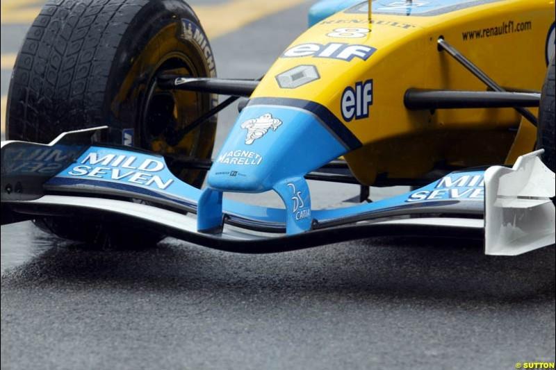 Renault bring a new front wing to Interlagos. Brazilian Grand Prix. Sao Paulo, April 4th 2003.
