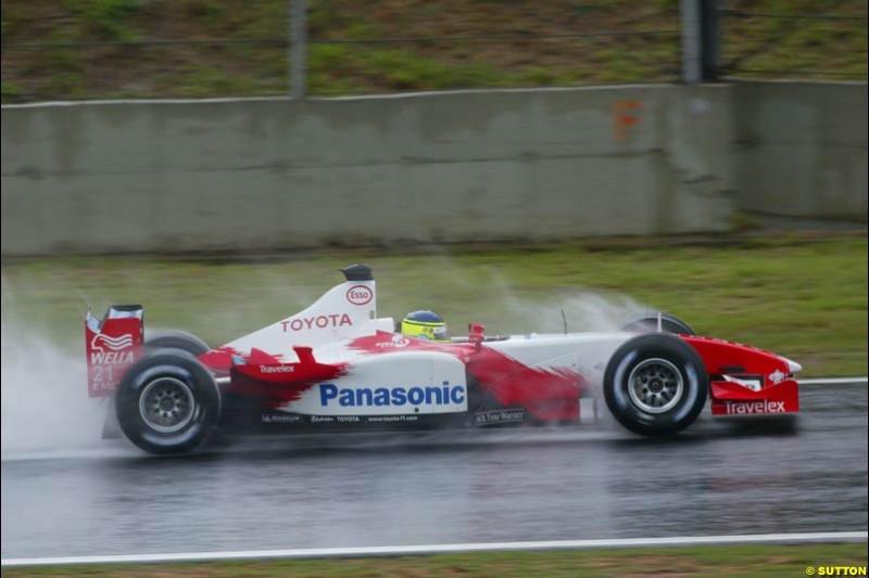 Cristiano Da Matta, Toyota, during the Brazilian Grand Prix. Interlagos, Sao Paulo, April 6th 2003.