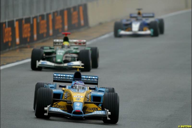 Jarno Trulli, Renault. Brazilian Grand Prix. Interlagos, Sao Paulo, April 6th 2003.