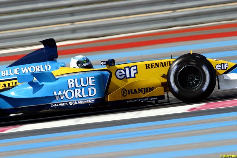 Allan McNish, Renault, during testing at the Paul Ricard circuit in Le Castellet, France. 22nd May, 2003.