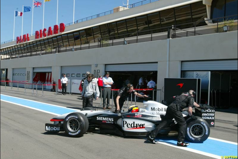 Pedro de la Rosa, McLaren, during testing at the Paul Ricard circuit in France. 20th May, 2003.
