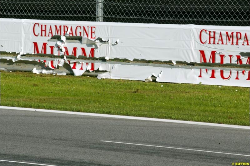 Wall damage. Austrian Grand Prix. A1-Ring, Spielberg, Austria. May 17th 2003.