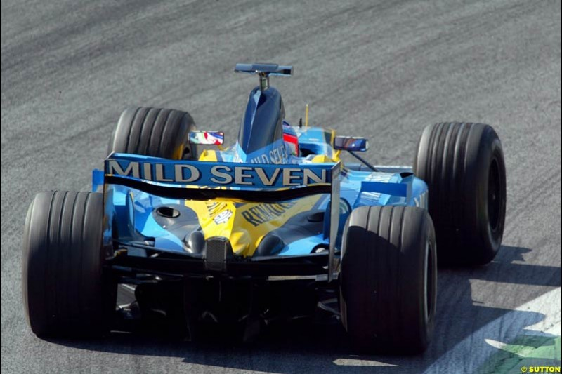 Jarno Trulli, Renault, during qualifying for the Austrian Grand Prix. A1-Ring, Spielberg, Austria. May 17th 2003.