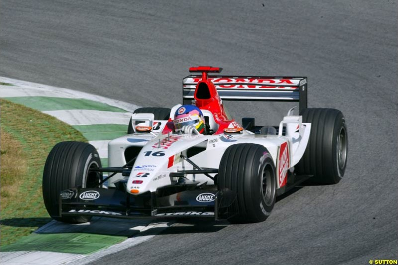 Jacques Villeneuve, BAR, during qualifying for the Austrian Grand Prix. A1-Ring, Spielberg, Austria. May 17th 2003.