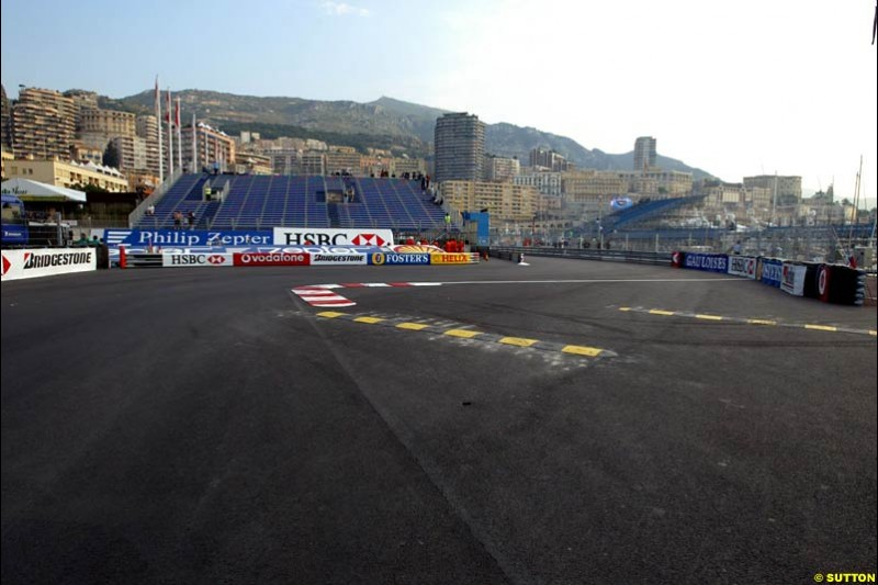 Changes to the Monaco Grand Prix layout: the exit from the swimming pool complex. May 28th 2003.