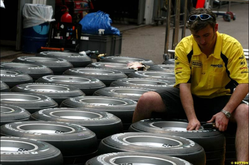 Monaco Grand Prix preparations at the Monte Carlo circuit. 28th May, 2003.