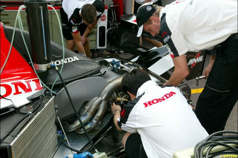 Honda engine at the back of a BAR. Thursday practice, Monaco Grand Prix. Monte Carlo, May 29th 2003.