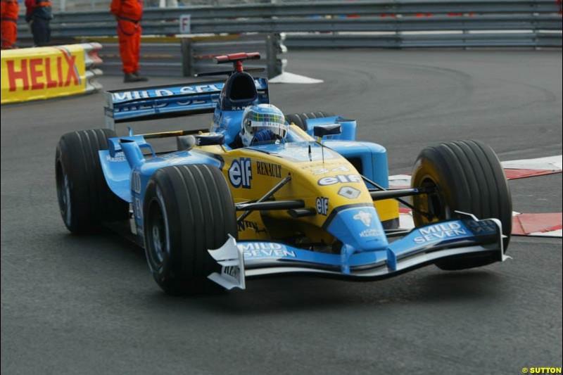 Allan McNish, Renault. Thursday testing, Monaco Grand Prix. Monte Carlo, May 29th 2003.