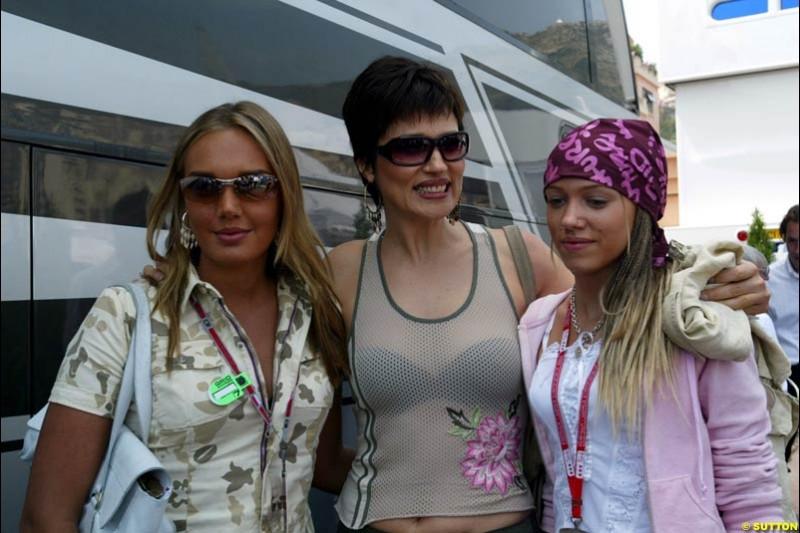 Tamara, Slevica and Petra Ecclestone. Monaco Grand Prix, Sunday, June 1st 2003.