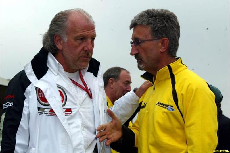 Eddie Jordan, Jordan Team Principal, chats to David Richards, BAR Team Principal. Canadian Grand Prix, Montreal, Saturday, June 14th 2003.