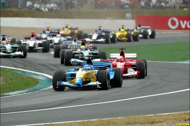 The first lap. French Grand Prix at Magny Cours. Circuit de Nevers, France. Sunday, July 6th 2003.