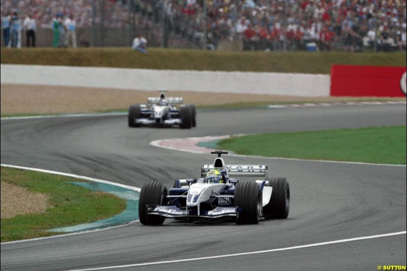 Ralf Schumacher, Williams, leads. French Grand Prix at Magny Cours. Circuit de Nevers, France. Sunday, July 6th 2003.
