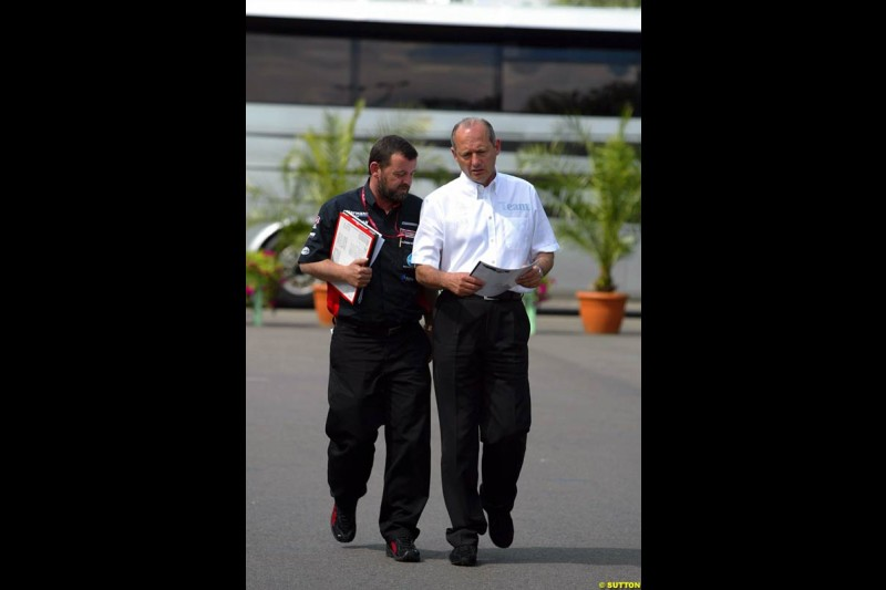 Paul Stoddart and Ron Dennis. French Grand Prix at Magny Cours, France. Sunday, July 6th 2003.